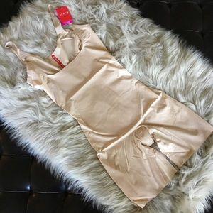 Spanx Open Bust Mid-Thigh Bodysuit Medium Nude NWT